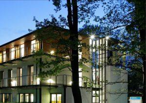 dj-mobix-Ringhotel-Schorfheide-Haus-Vorne-neu-1024x724-300x212